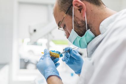 How Dental Implants Is Advantageous?