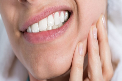 How To Treat Teeth Grinding & TMJ Pain Disorder? Are They Linked?
